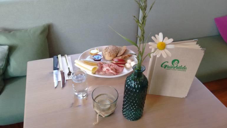 Da geht die Sonne auf – Frühstücken bei Grünhilde